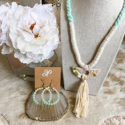 Plunder Design Jewelry Drop Boho Necklace